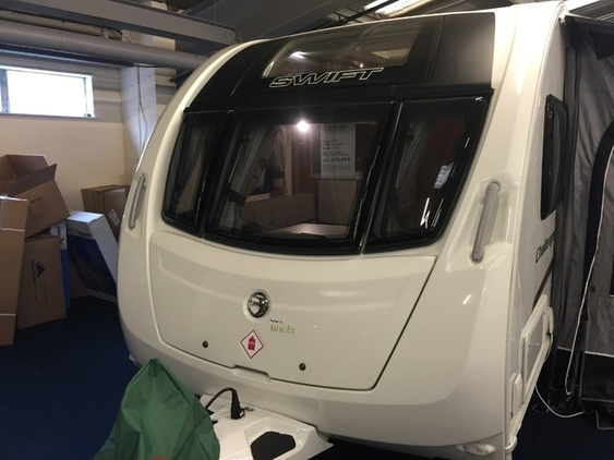 Swift Challenger 570 SE, (2014)  Touring Caravans for sale