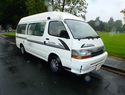 Toyota Hi-ace 2. 8 Diesel Auto Campervan *New Upholstery*, Berth,...