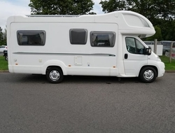 BESSACARR E695, 4 Berth, (2008) Used Motorhomes for sale