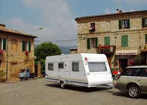 Fantastic  Berth Berth 0014 Used  Good Condition Touring Caravans For Sale